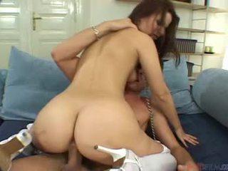 สวย female veronika simon cocksucking shaft