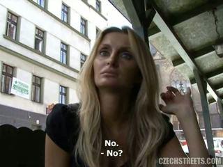 Ceko streets - lucka mengisap penis video