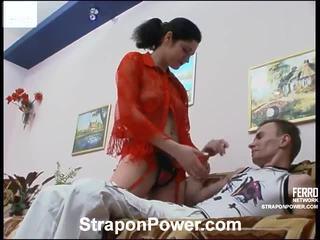 heetste strap-on vid, nominale strap on bitches porno, controleren vrouwelijke dominantie thumbnail