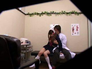 เด็กนักเรียนหญิง used โดย หมอ spycam 3