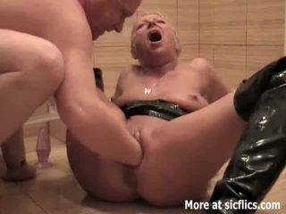 pee video, hottest piss action, gaping clip