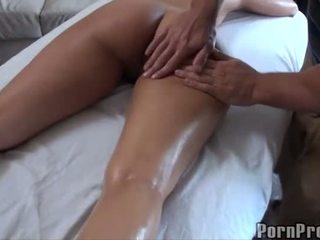 Vroče fukanje po olje masaža
