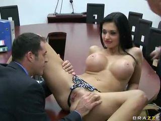 Секс в офиси видео фото 144-3
