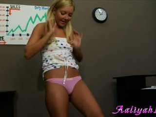 hot babe video, hq solo action, fuck surprize her