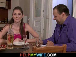 Rasva aviomies pays the pizzaa guy tot naida hänen vaimo
