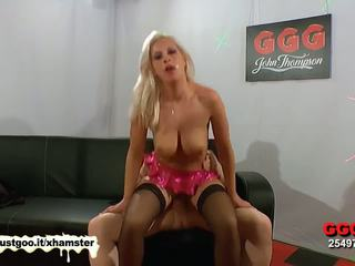 Curvy Blonde babe loves rubbing hot jizz all over her face