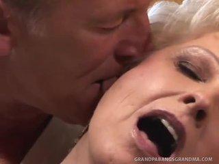 कट्टर सेक्स, ओरल सेक्स, चूसना, बिल्ली कमबख्त