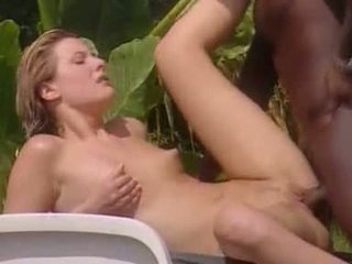 White Wife meets Black Lover in Jamaica
