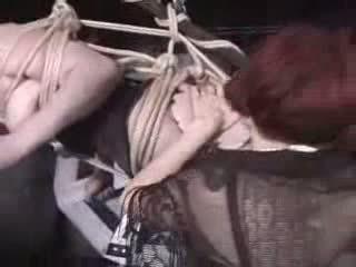Вързани и suspended видео