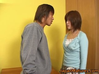 Kaori Nanba Japanese Mature Babe Gets