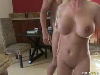 Bawdy Shaved Diamond Foxxx Receives Fucked Hard In Her Ass Just What She Craved For