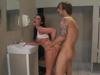 Tristyn kennedy adalah yang berokok panas si rambut perang dengan yang besar pusingan pantat/ punggung dibuat untuk seks / persetubuhan!