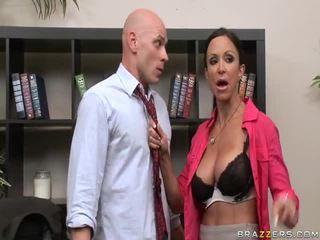 hq grote lullen porno, ideaal baas mov, beste grote tieten scène