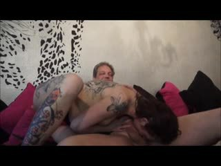My Tattooed Mother Show Us How To Fuck a Courier