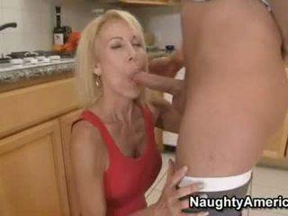 Women Mouth Job On Huge Cock