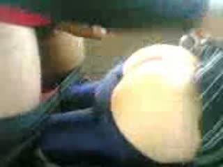 Arab тийн прецака в кола след училище видео