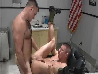 Muscular army buddies buttfucking hard