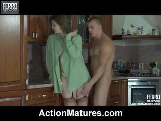 Përzierje i video nga veprim matures