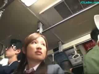משרד גברת getting שלה שיערי כוס fingered תוך standing ב the אוטובוס