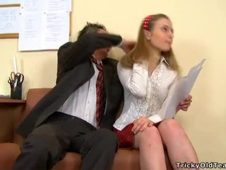 Levrette baise avec prof