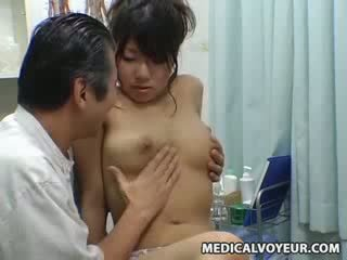 Spy búp bê climax massage