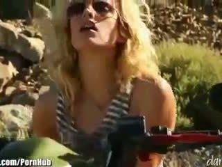 Kiara diane - daringsex solo outdoors masturbation sa ang mountains