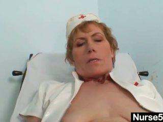 masturberen, vol behaarde kut video-, meer enorme dildo