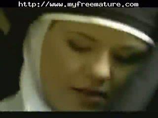 Raskaana nunna gets hauska anaali läkkäämpi läkkäämpi porno mummi vanha cumshots kumulat laukaus