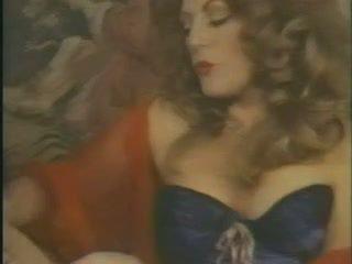 grote borsten, ideaal milfs scène, wijnoogst mov