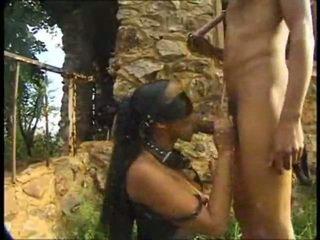 অন্য বাস্তব আফ্রিকান শৌখিন
