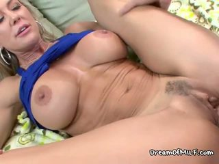 Jizz Showers The Hot Mom