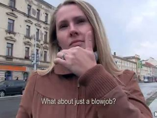 Sexy Czech girl Zuzana banged for cash