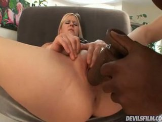 A Oustanding Playthings Up Inside Her Anus