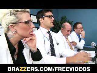 mooi brunette vid, mooi deepthroat video-, meer assfucking kanaal