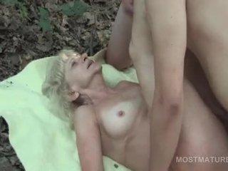 nominale ouder, gratis oma klem, masturbatie thumbnail