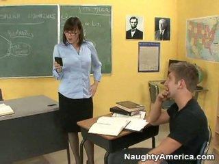 ideaal brunette neuken, plagen porno, lange benen film