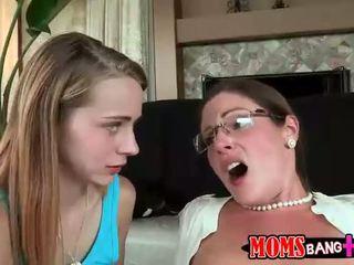 Samantha ryan swaps ejaculações com ava hardy