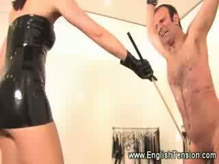 Suspended роб castigated от садо