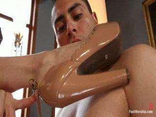 mooi voet fetish gepost, meer kleine tieten, controleren voet aanbidding film