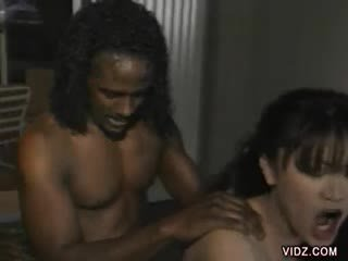 White Mai's puss fucked by a ebony rod