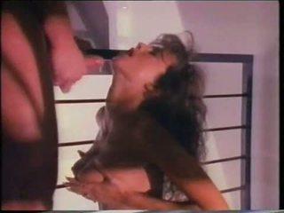 een porno vid, controleren brunette vid, heet babes seks