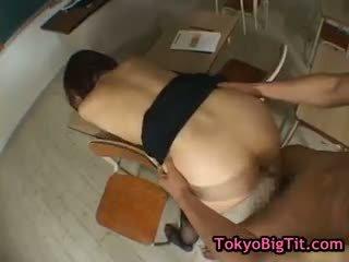 Hinano sakaki σε Καυτά τρίο part5