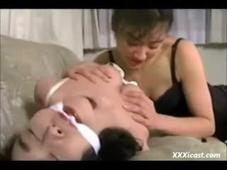 Лесбіянка азіатська зв'язування