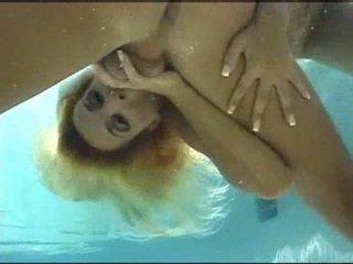 Undervann sex video