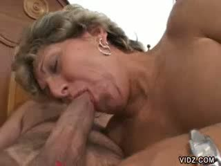 Babi prostitutka xena has kot gaping holes