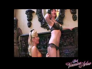 Aaliyah. mine bawdy servant acción 1