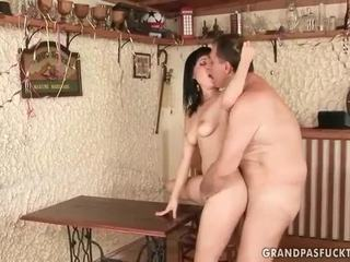 hardcore sex, hottest oral sex, blowjobs posted