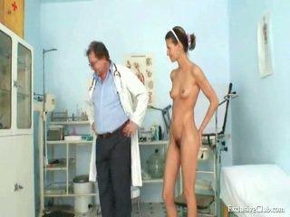 Angela gyno muff eksam kõik üle vaatluspeegel poolt küpsemad ulakas arst
