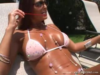 Mix Of Hot Brunette Videos From VideosZ