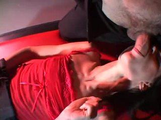 mooi orale seks klem, heet deepthroat, controleren kaukasisch thumbnail
